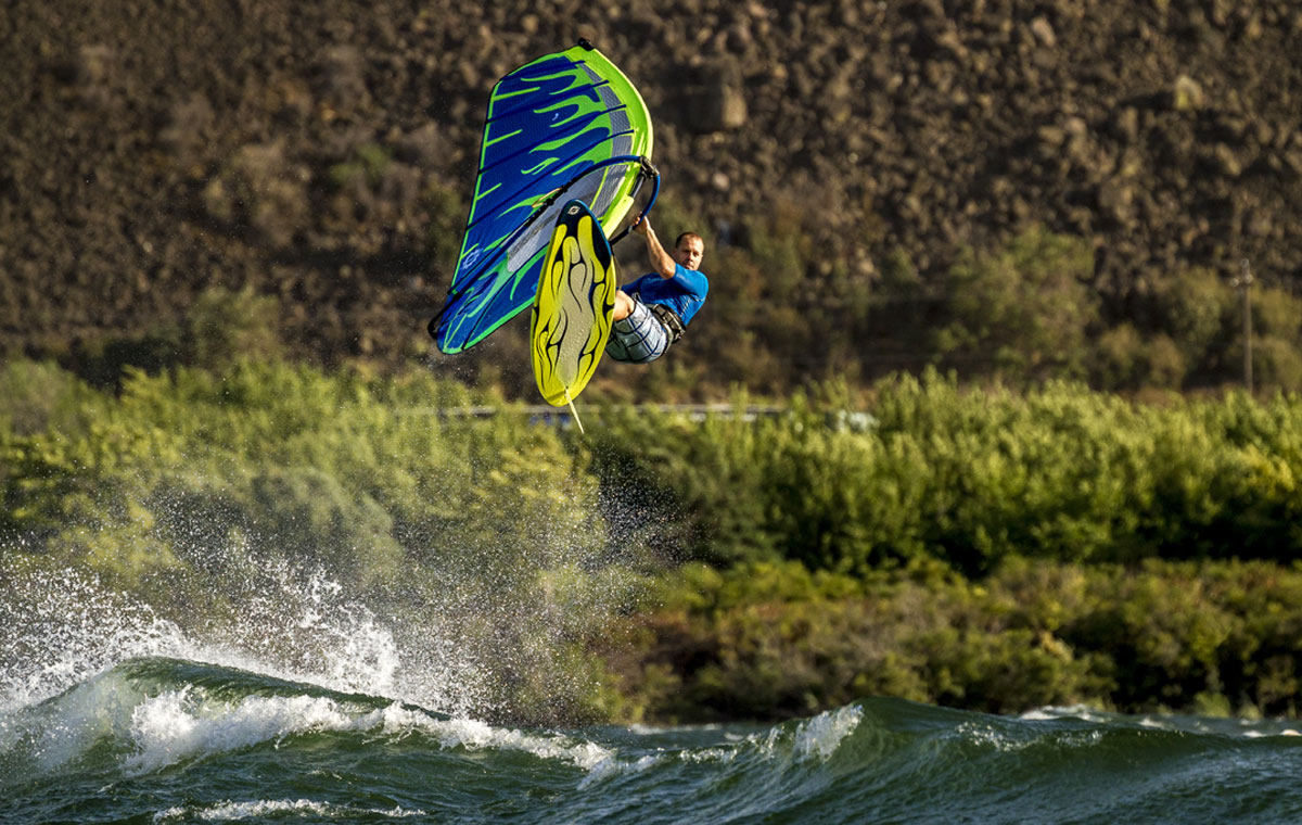 Dale Cook Windsurfing the Sailworks Hucker windsurfing sail in the Gorge