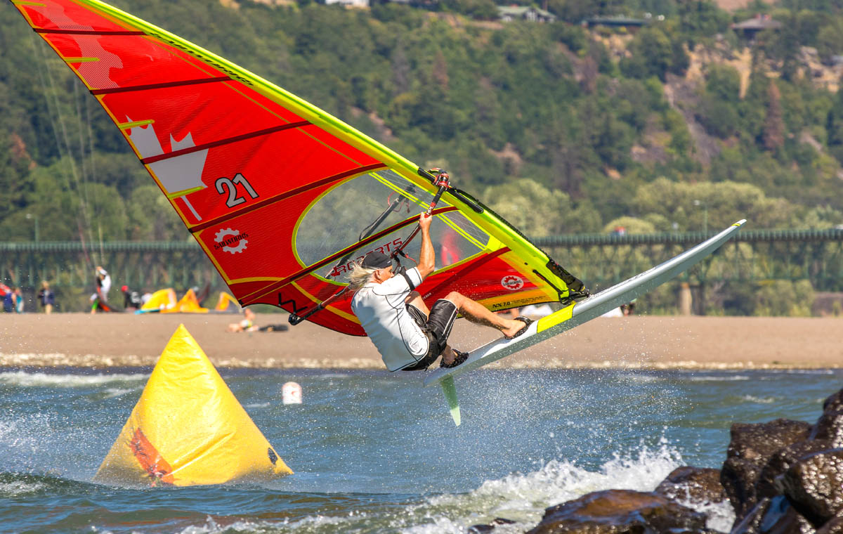 Bruce Peterson windsurfing on the Sailworks NX slalom windsurfing race sail