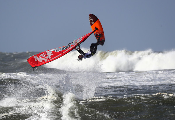 Windsurfing Technique Tuning for High Wind Days